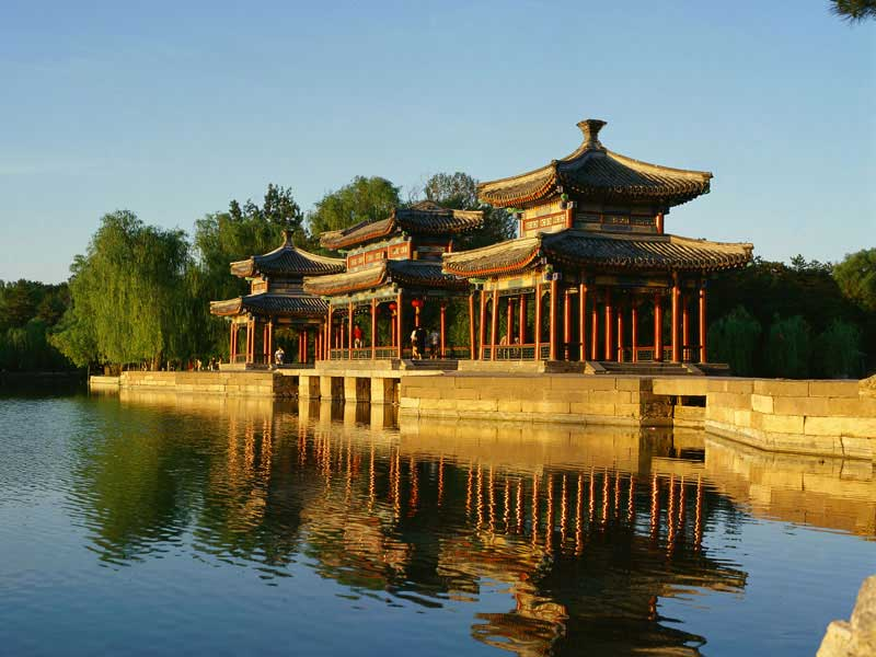 Tour du monde - Chine - Rive du Lac © CNTA